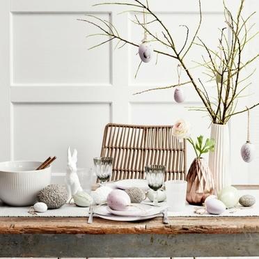 Table de décoration de Pâques