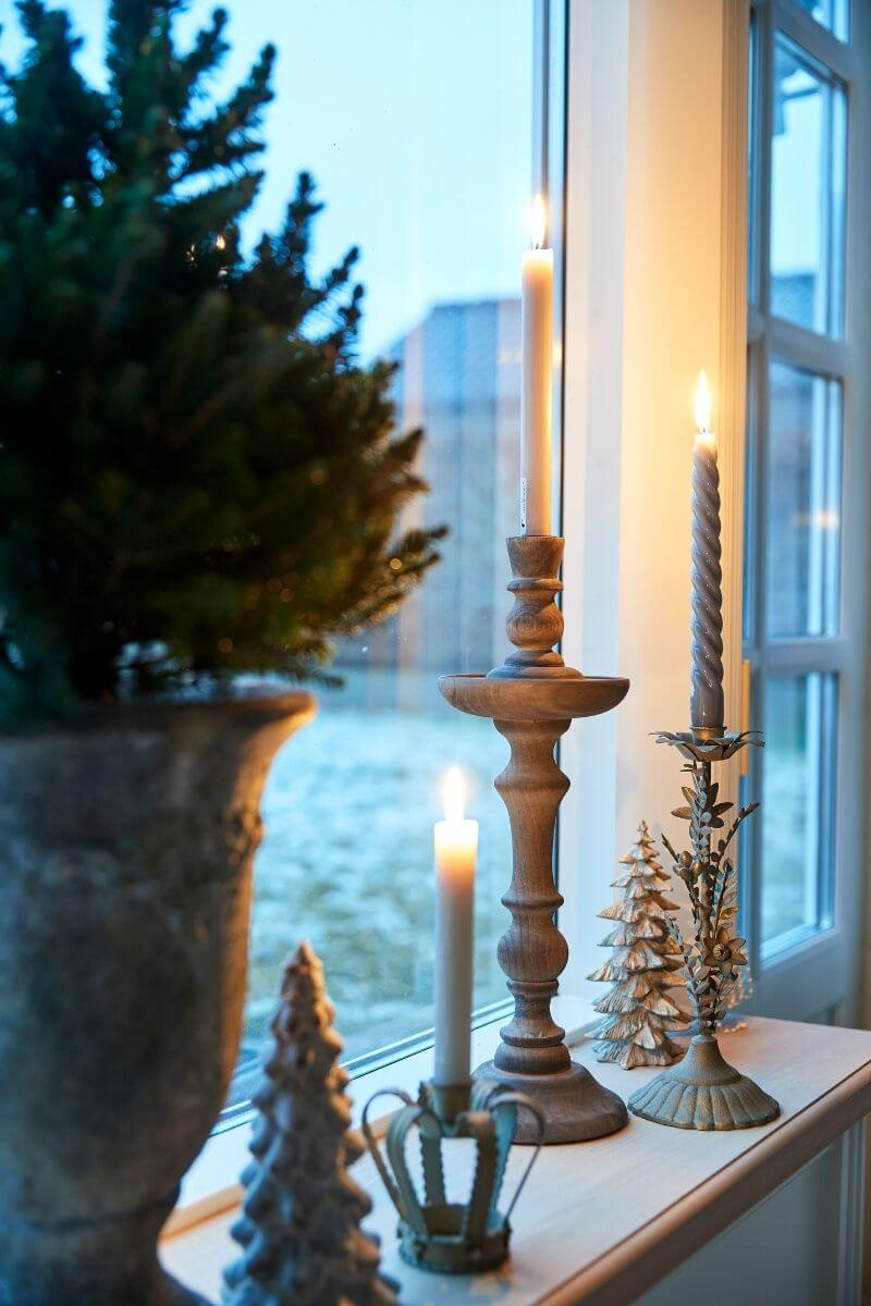 Gentle glow of flickering lights with Lene Bjerre