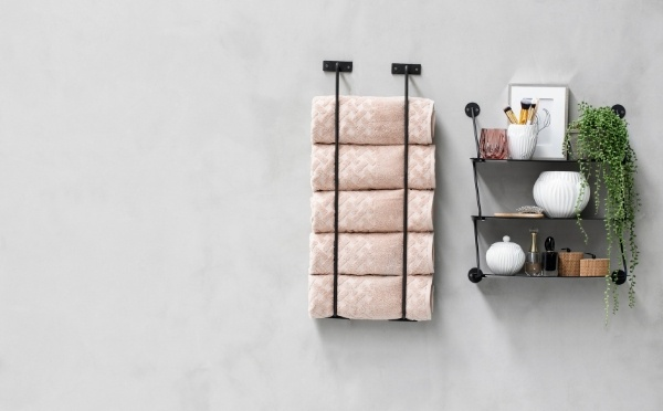 Towels and home decor