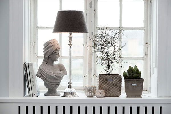 Detailed personal home decor