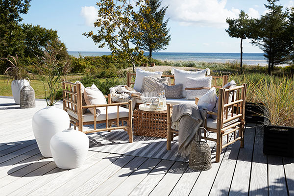 Cosy outdoor furniture and accessories - Lene Bjerre