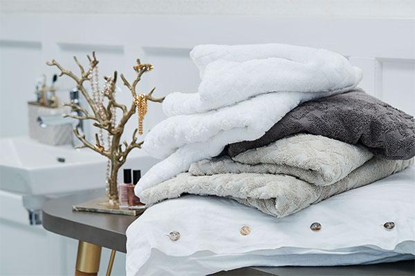 OEKO-TEX® certified bath towels from interior wholesaler Lene Bjerre
